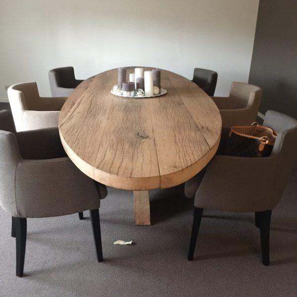 Ovale tafel van oud eiken wagonplanken pepijn kempen design for Design tafel ovaal